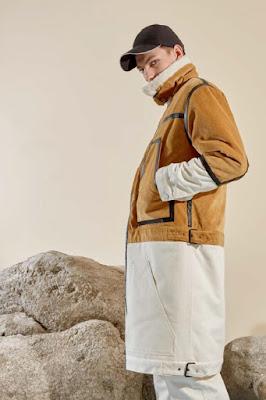 hình ảnh áo khoác bằng chất liệu nỉ lông thú