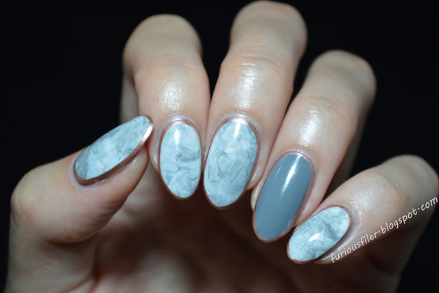 stamper marble nails metallic border