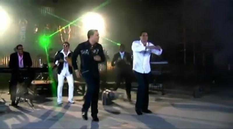 Pachito Alonso y sus Kini Kini - ¨La cara bonita¨ - Videoclip - Dirección: Rudy Mora - Orlando Cruzata. Portal Del Vídeo Clip Cubano - 08