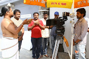Idi Naa Love Story Movie Working Stills-thumbnail-19