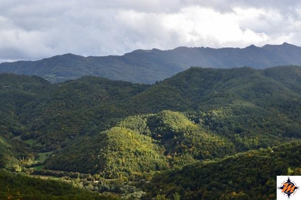 Montemonaco, vista sui monti Sibillini dal belvedere