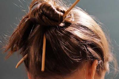Cara membuat rambut sehat berkilau