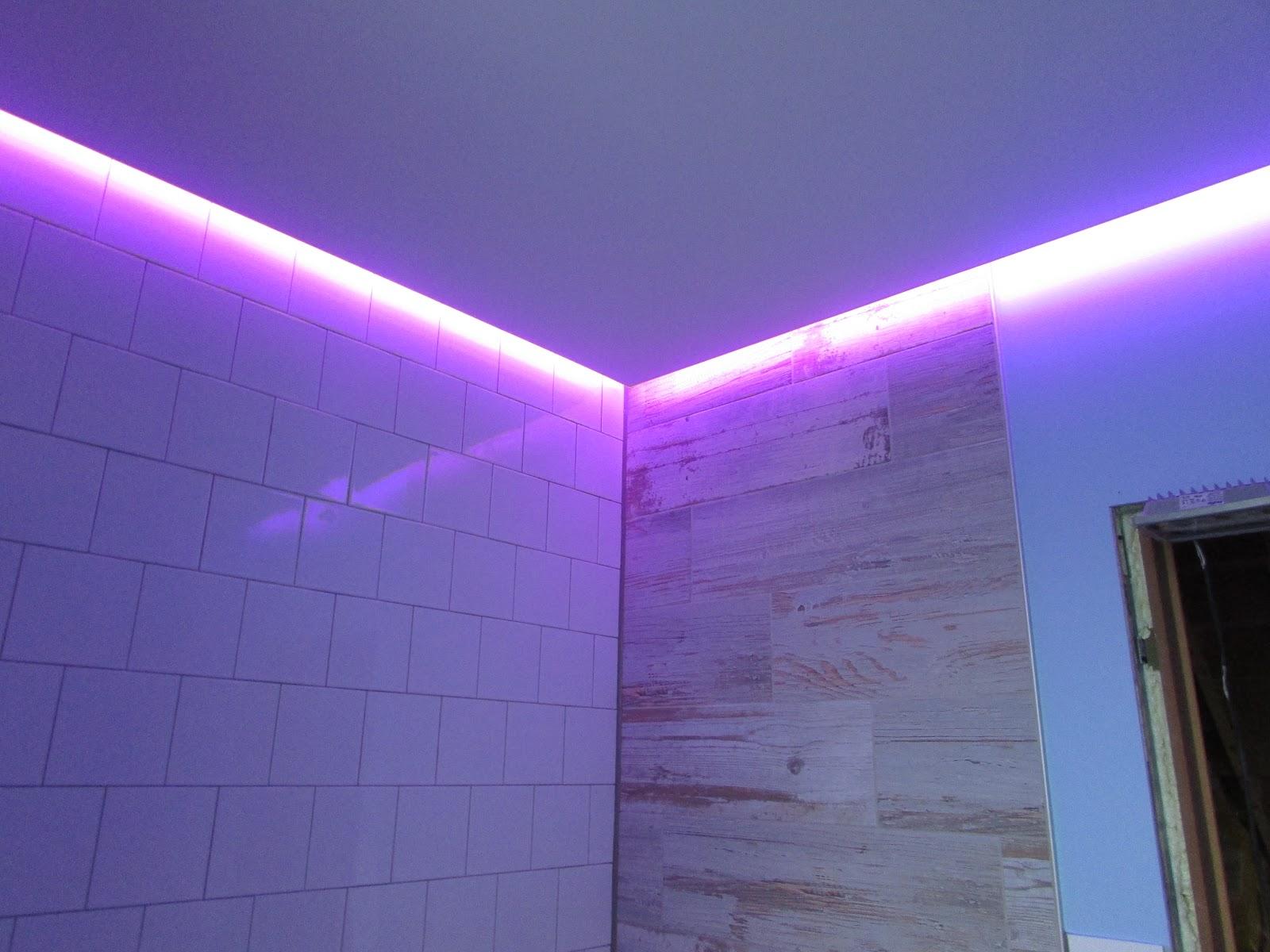verbouwing van ons ouderlijk huis: silicone en elektriciteit badkamer
