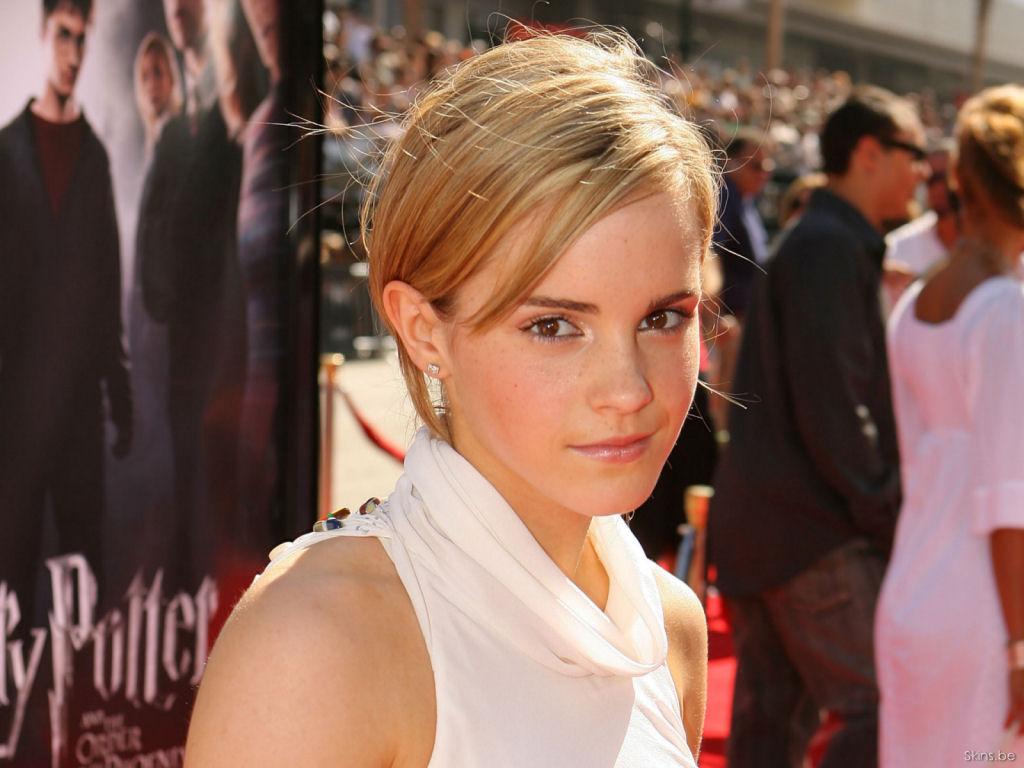 Emma Watson Hair Style: Hairstyle Photo: Emma Watson Short Hairstyle Photo