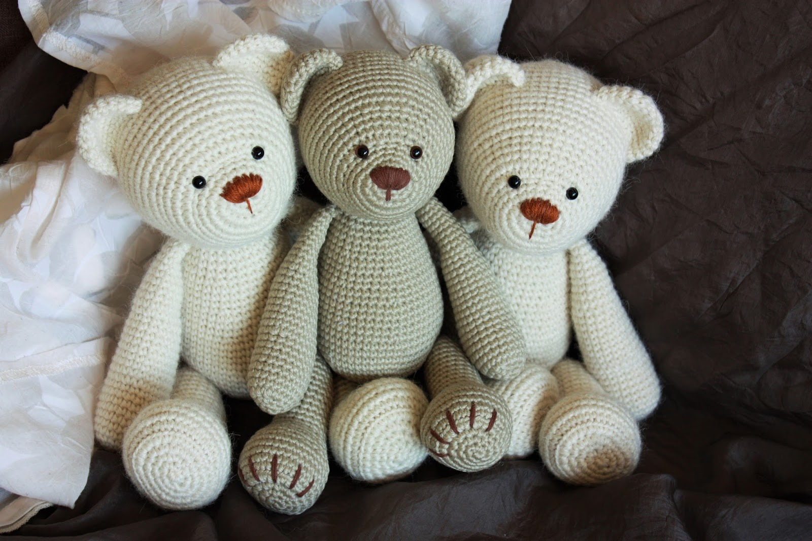 Amigurumi Bear Tutorial : Happyamigurumi: Lucas the Teddy Bear Pattern: New Teddy ...