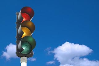El coche conectado podría acabar también con los semáforos
