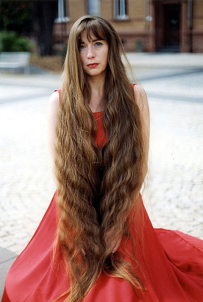 SmileCampus - longest hair girls in the world