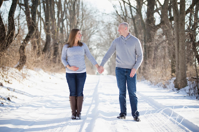 maternity, Louisville KY, Louisville Maternity Photographer, portraits, 2016, blackacre, Snow, Magrum,