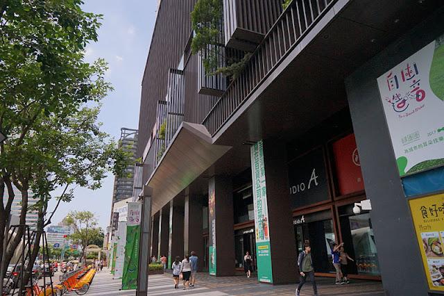 DSC03280 - 台中市第六市場將於九月中試營運 │全台灣第一家開在百貨公司的菜市場就在金典綠園道商場