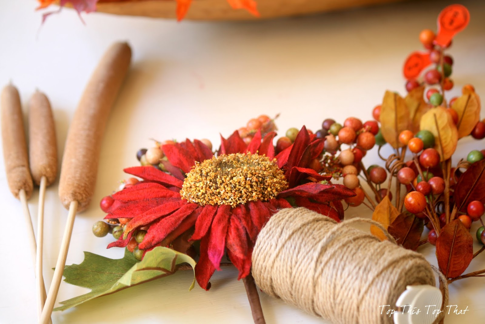 The easiest fall burlap wreath tutorial elegant interiors decor accents - Fall natural decor ideas rich colors ...