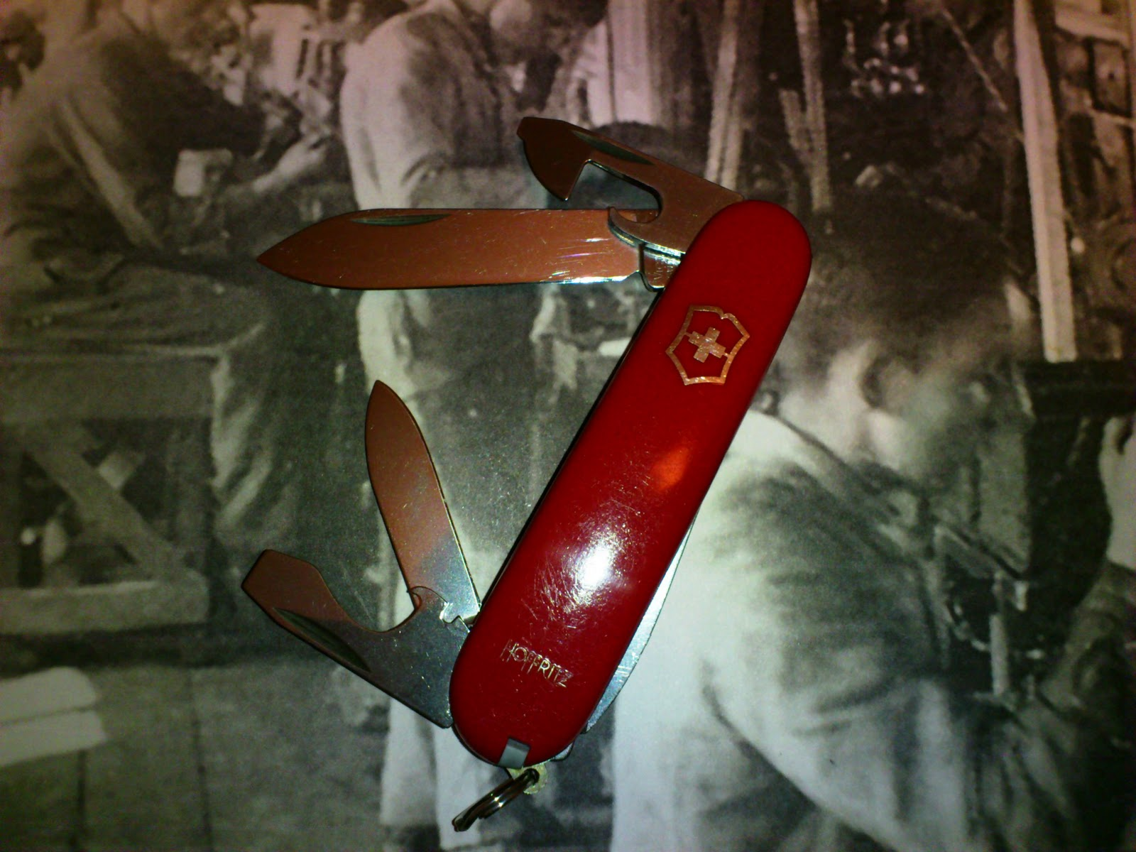 Mario S Swiss Army Knives Victorinox Hoffritz Tinker