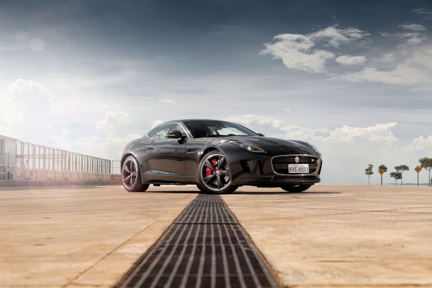 Jaguar F-Type Acceleration