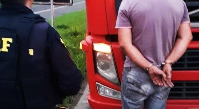 Ser flagrado com rebites pode caracterizar tráfico de drogas | Pena de até 15 anos