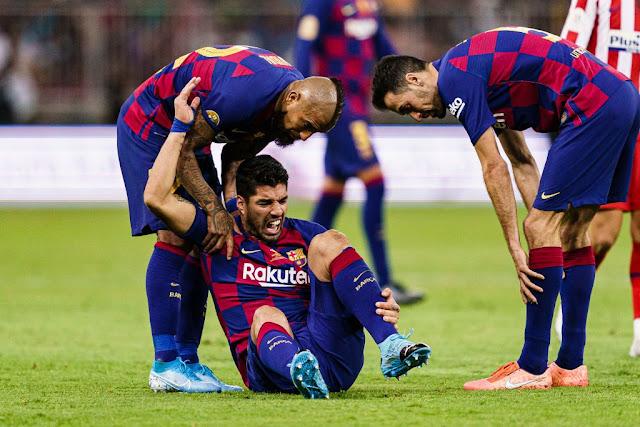 إصابة سواريز قد تجبر برشلونة على دخول ميركاتو يناير