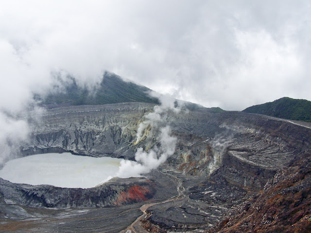 Cráter del Volcán Poas