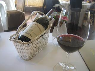 ピノノワールとムールヴェードル赤ワイン2本