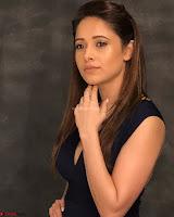 Nushrat Bharucha New Bollywood sensation from Sonu Ke u Ki Sweety Exclusive Unseen Pics ~  Exclusive Gallery 053.jpg
