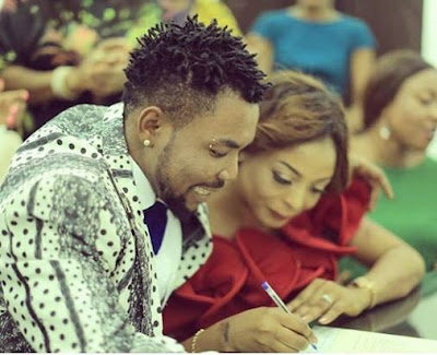 Oritsefemi as he and his wife celebrate second wedding anniversary
