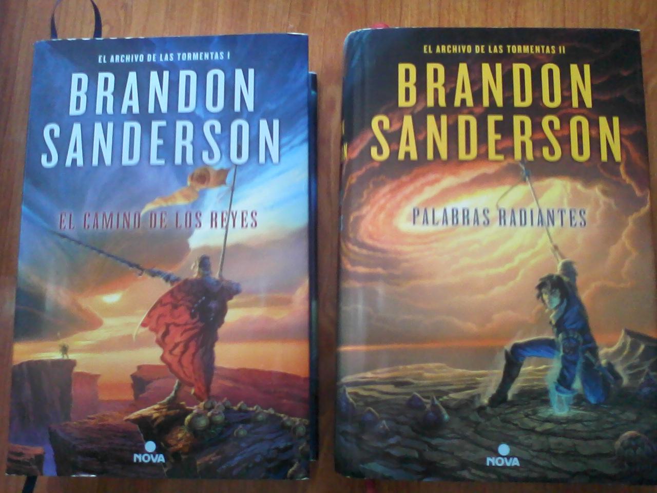 Fotoreseña El Archivo De Las Tormentas De Brandon Sanderson El Caballero Del árbol Sonriente