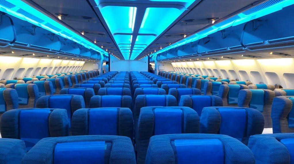 Incredibile: Rissa ad alta quota con il personale di bordo dell'aereo per un cellulare perduto