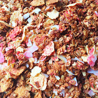 LOVE THAT PINK GRANOLA