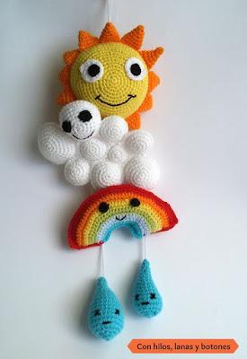 Con hilos, lanas y botones: sol, nube, arco iris crochet