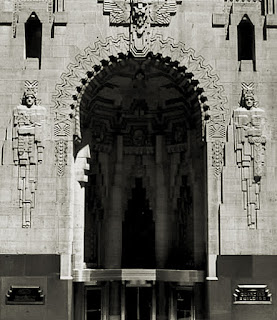 The entrance to the Guardian Building in Detroit, flanked by Parnucci carvings either side