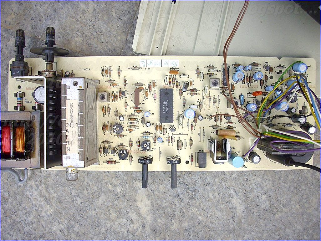 Obsolete Technology Tellye Ferguson Mod 38030 Chassis 1790 A Circuit Is Disclosed For Improving Operation Of Linear Regulator Having An Input Terminal Output And Reference