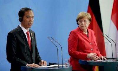 Joko Widodo and Angela Merkel
