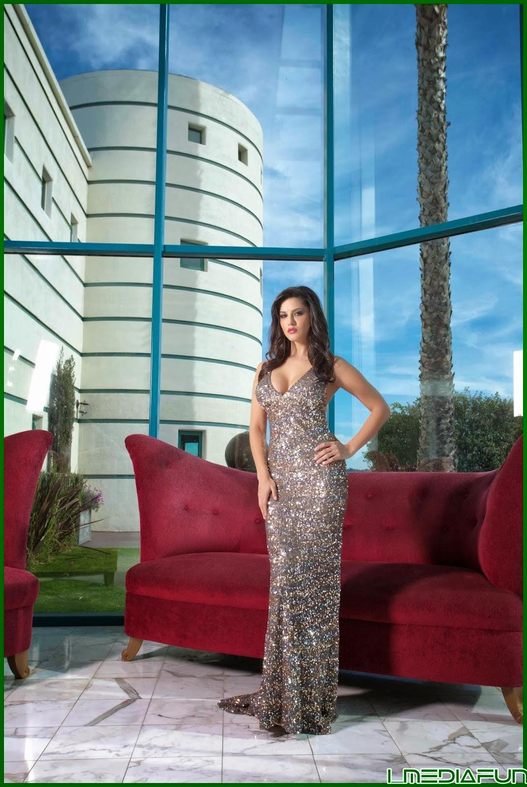 Sunny Leone Ballroom Hot Photos-2494