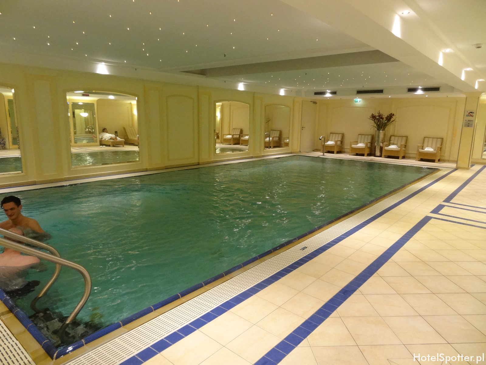 Maritim Hotel Berlin - basen swimming pool
