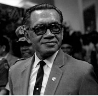 Sri Sultan Hamengku Buono IX
