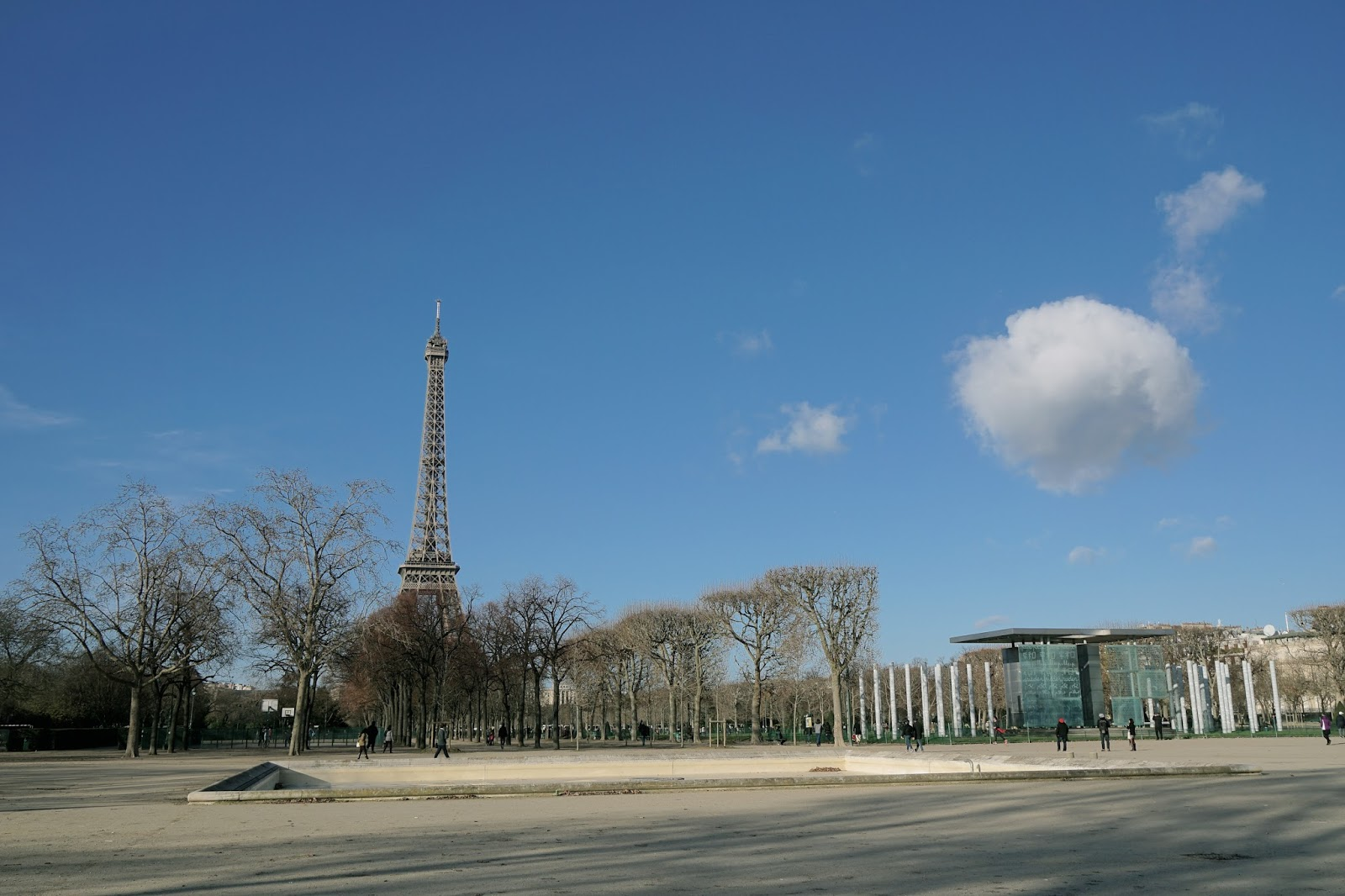 シャン・ド・マルス公園(Parc du Champ-de-Mars)