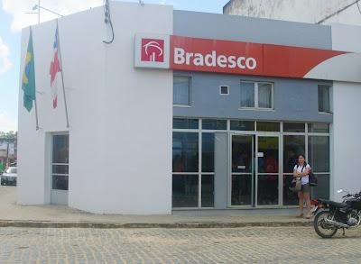 Resultado de imagem para Banco do Bradesco Ubatã