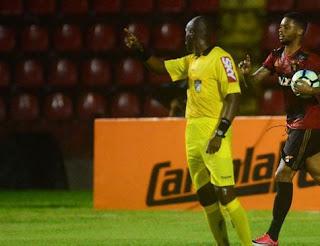 Com emoção, Sport arranca classificação na Sul-Americana Gol da classificação às oitavas de final saiu apenas aos 37 do segundo tempo, fora de casa, contra o Arsenal de Sarandí/ARG