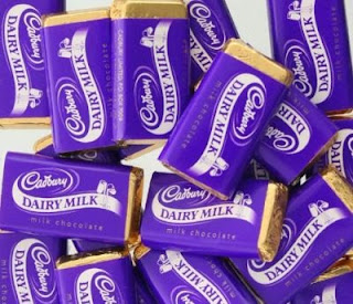 Cadbury Dairy Milk Presentation Box (35 Pcs) worth Rs.490 for Rs.199 Only