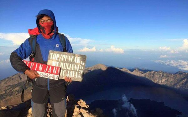 Mt. Rinjani Trek 4 Days 3 Nighta Summit via Sembalun
