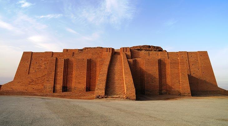 Anunnaki tapınağı,Anunnakiler,Sümer, sümer mitolojisi, Ur Tapınağı,Tanrı Sin,Tanrı Nanna,Anunnakiler için inşa edilen tapınak, Antik tanrılar Anunnakiler,mitoloji,Enlil ve Ninlil,Ay Tanrısı