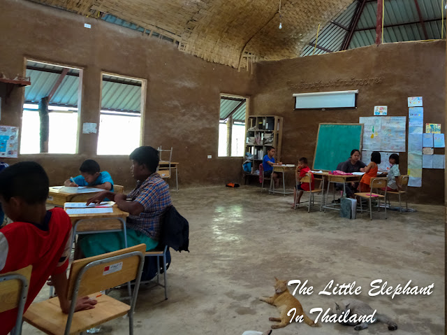 Hill-tribe school in Nan - Thailand