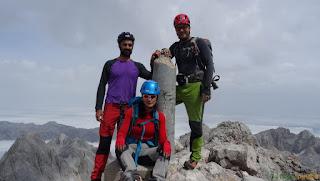 Vértice geodésico de Torrecerredo, el pico más alto de los Picos de Europa.