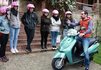 kadın ve motosiklet
