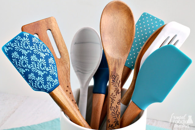 One way that I am keeping my happy place decked out in trendy, yet functional utensils, gadgets, & cutting boards is with the Thyme & Table kitchen line from my local Walmart.
