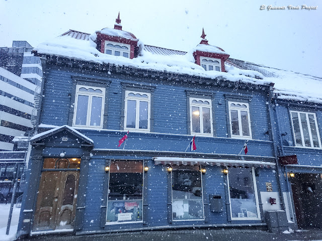 Strandgata, Tromsø - Noruega, por El Guisante Verde Project