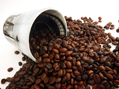 coffee before gym good or bad, how long before workout should i drink coffee, coffee before workout bodybuilding, how much coffee before workout, coffee after exercise, is it bad to drink coffee before working out, pre workout coffee recipe, when to drink coffee before workout.