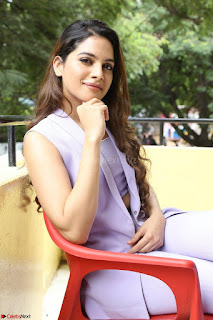 Tanya Hope in Crop top and Trousers Beautiful Pics at her Interview 13 7 2017 ~  Exclusive Celebrities Galleries 162.JPG