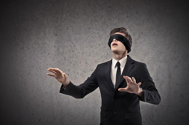 """我是一個 """"盲人"""""""