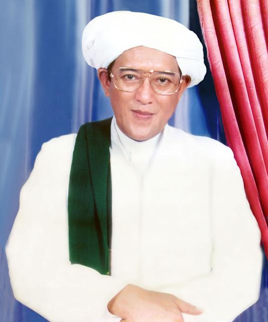 Poster Abah Guru Sekumpul (KH. Zaini Abdul Ghani)