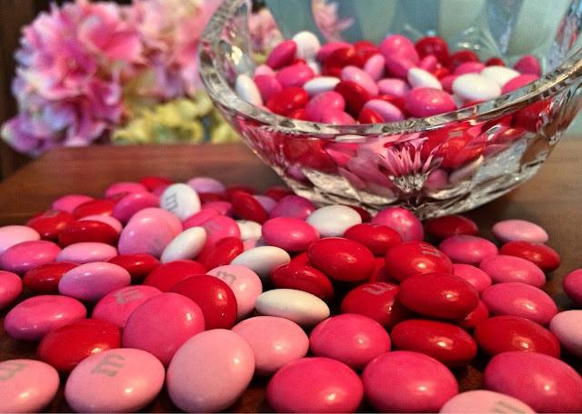 Caramelos y golosinas están cargadas de azúcar refinado.