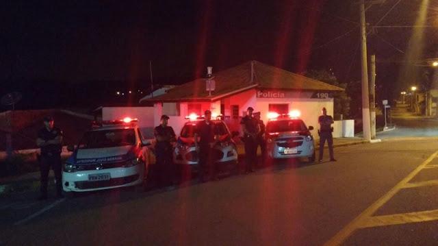 GCM, PM, Conselho Tutelar e Prefeitura fiscalizam bares em ação conjunta realizada em Araçariguama