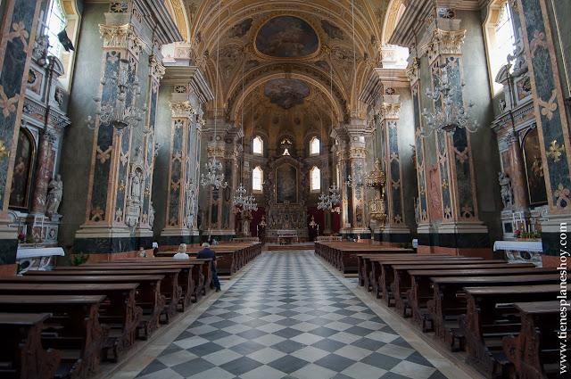 Bressanone Italia turismo ciudad catedral Dolomitas